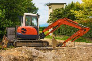 Minibagger im Einsastz Copyright: dragoncello - Bigstockphoto.com